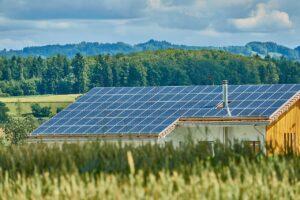 Hvordan fungerer solpaneler solceller